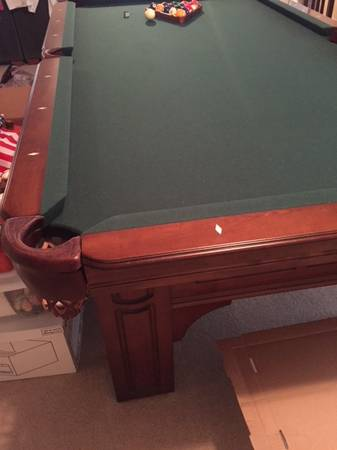 Solo 174 Colorado Springs Mint Condition Pool Table