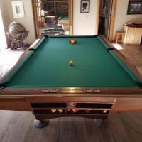 Brunswick 9f Gold Crown Pool Table